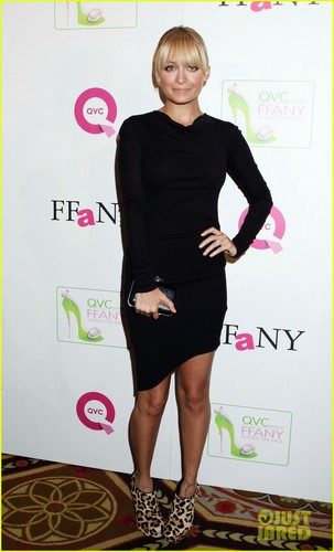 Nicole Richie: Shoes on Sale to Fight Breast Cancer!