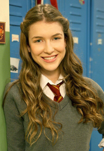 Nathalia in House Of Anubis