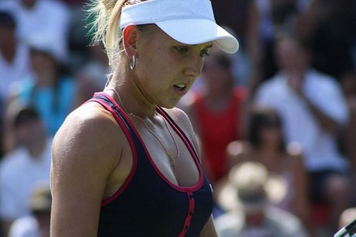 Elena Vesnina hot breast