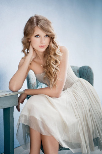 Gorgeous Taylor Swift