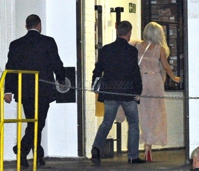 Lady gaga's arrival to her hotel in London (with Taylor Kinney)