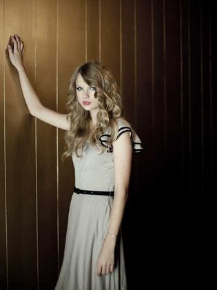 Taylor Swift photo shoot for The Independent Newspaper