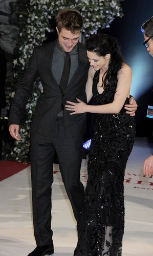 Breaking Dawn UK premiere