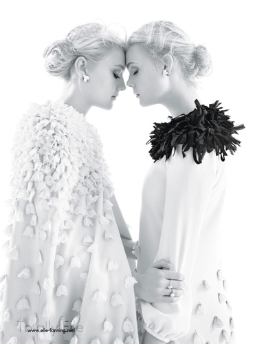Elle & Dakota Fanning kwa Mario Sorrenti for 'W Magazine'