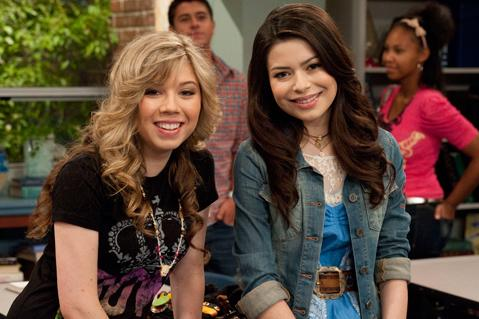 Jennette and Miranda (iomg)