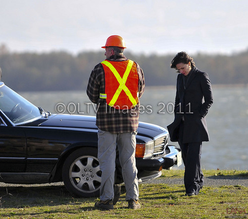 Lana Parrilla/Regina Mills On Set [November 14, 2011]