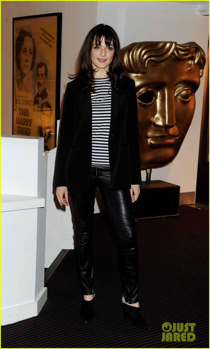Rachel Weisz: 'Deep Blue Sea' Photo Call!