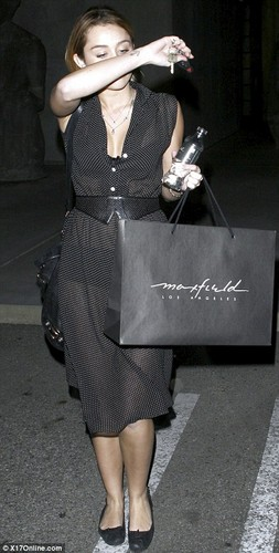 Miley-30. November - Shopping at Maxfield in Beverly Hills