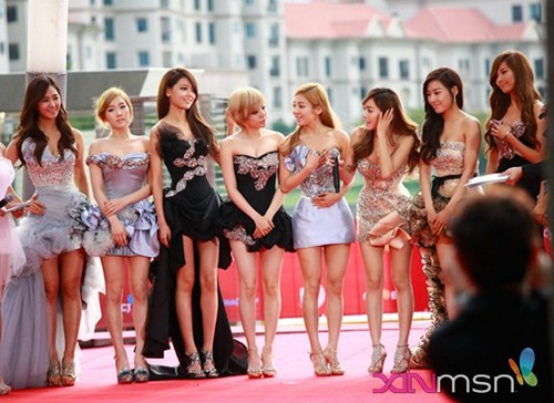 snsd@red carpet (mama 2011)