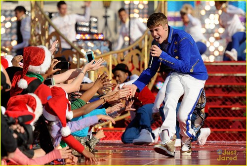 Justin Bieber Rocks Disney World