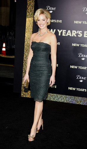 """New Year's Eve"" Los Angeles Premiere - Arrivals"