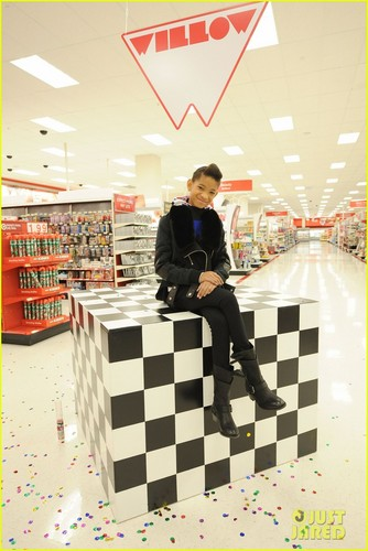 Willow Smith & Boys & Girls Club: Target Shopping Spree!