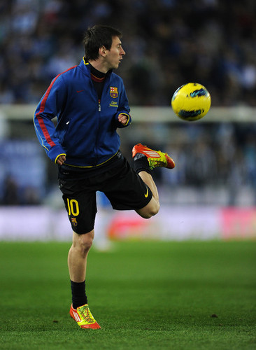 Lionel Messi Warms Up