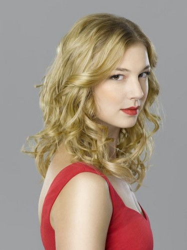 New Cast Promotional foto - Emily VanCamp