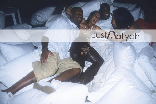 Just-Aaliyah Exclusive ! HQ Happy Bday our Angel ! ♥