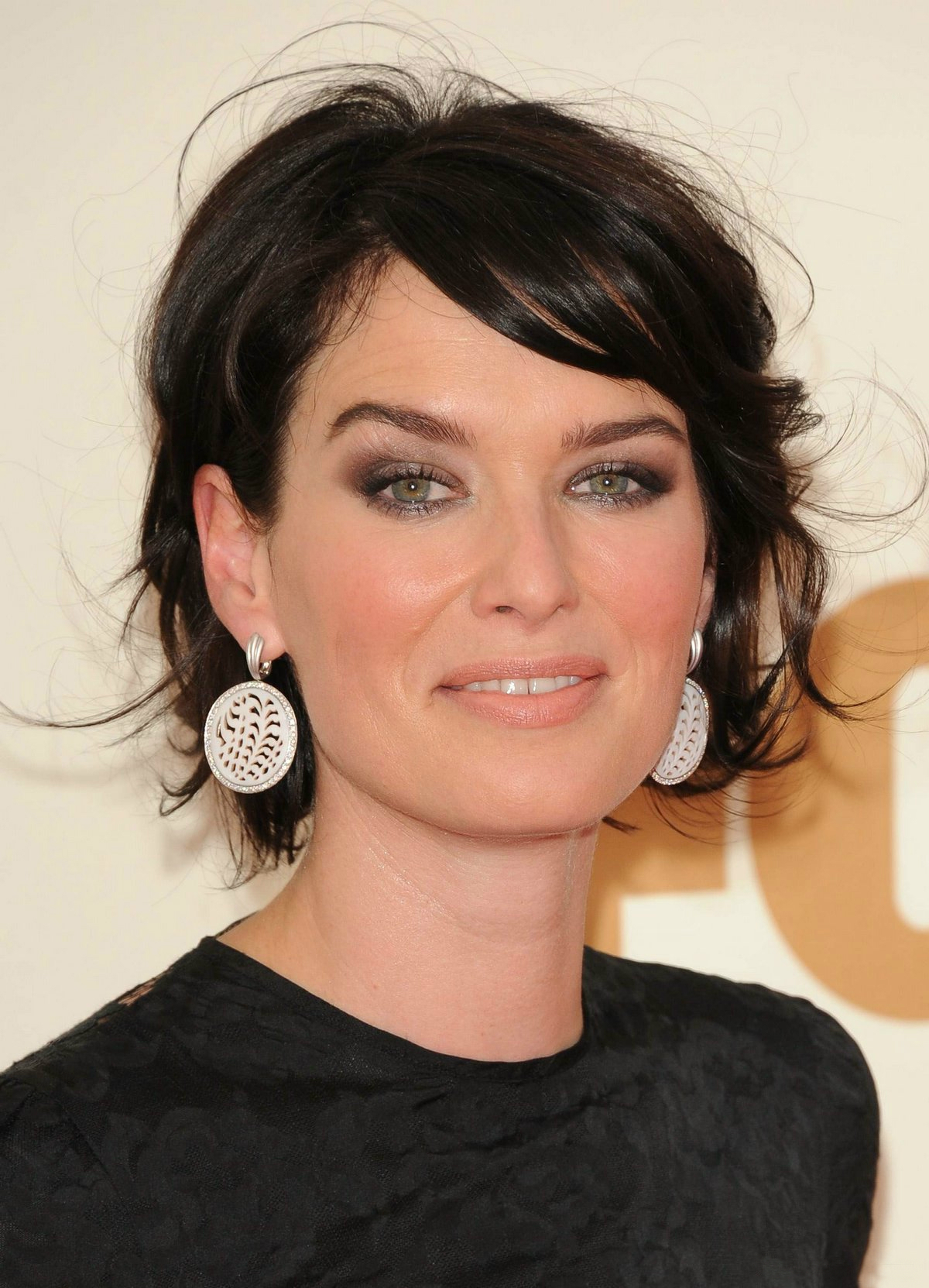 s style haircuts 2011 primetime emmy awards lena headey photo 28454229 1663