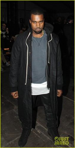Kanye West: Givenchy mostrar in Paris!