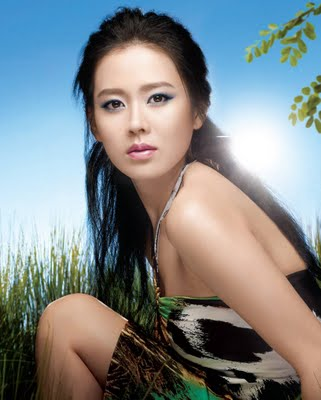 Son Ye Jin - Korean Actors and Actresses Photo (33017534