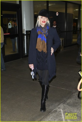 Gwen Stefani: 'Back In The Studio' with No Doubt!