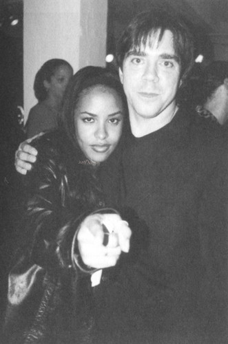 Beautiful Aaliyah *rare*