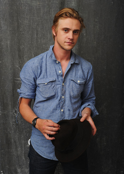 Boyd holbrook as Kyle