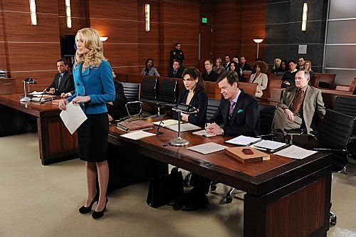 The Good Wife - Episode 3.17 - Long Way Home - Promotional Photo