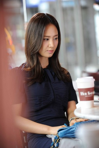Yuri @ Fashion King at New York