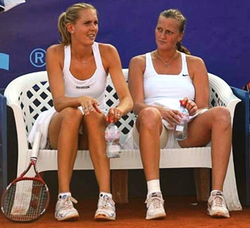 Vaidisova and Kvitova white