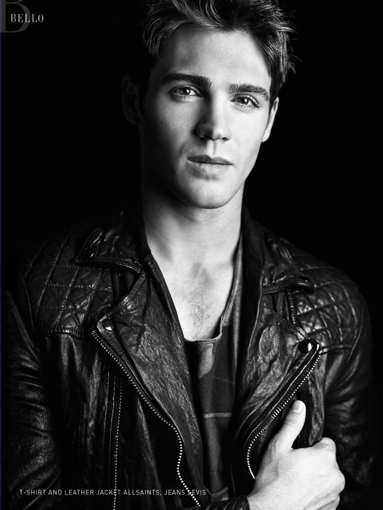 http://images5.fanpop.com/image/photos/29300000/Bello-Magazine-more-steven-r-mcqueen-29335365-768-1024.jpg