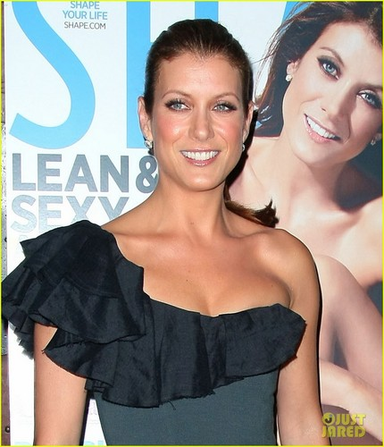 Kate Walsh: 'Shape' & 'Billionaire Boyfriend' Party!