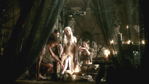 Daenerys Targaryen with Doreah and Irri