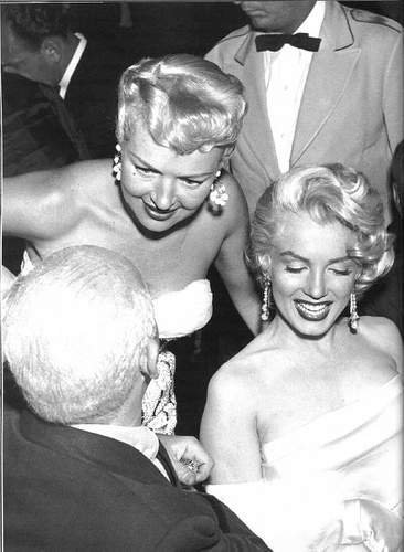 Betty Grable & Marilyn Monroe