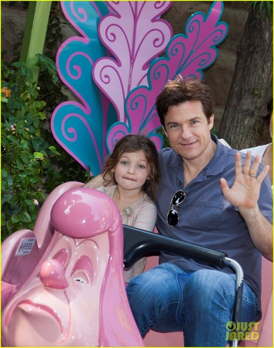 Jason Bateman: Disneyland With Daughter Francesca!