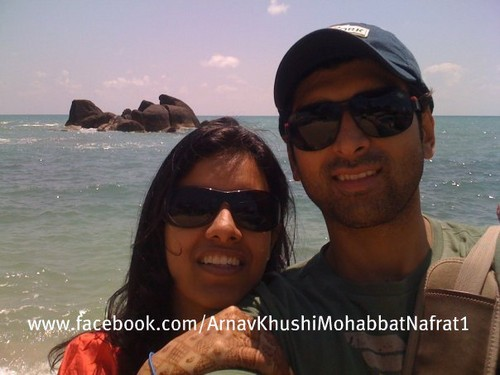 Akshy Dogra's real wife