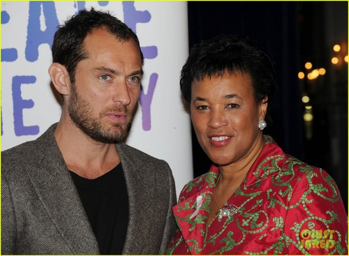 Jude Law & Thandie Newton: Reduce Domestic Violence!