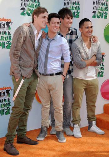 BTR at the Kids' Choice Awards 2012