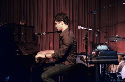 Darren The Hotel Cafe (April 7)