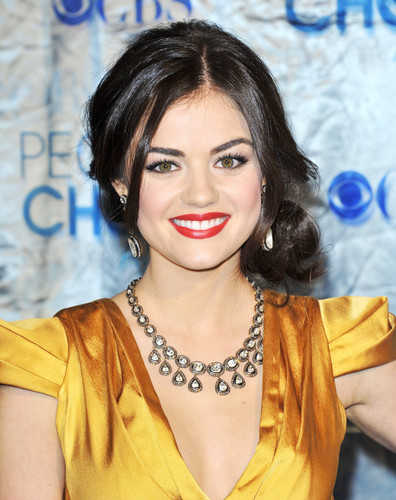 Lucy Hale in 2011 People's Choice Awards - Arrivals