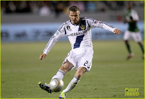 David Beckham: Shirtless After L.A. Galaxy Victory!