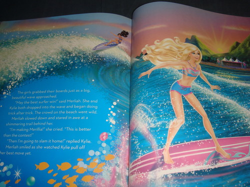 Inside of búp bê barbie MT2 - Big Golden Book