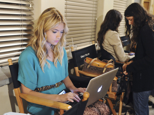 ashley benson behind the scenes
