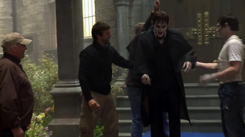Dark Shadows - Featurette (Vampire History)