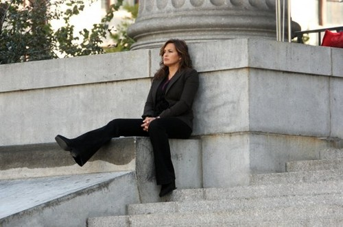 Mariska law and order lady photoshoot