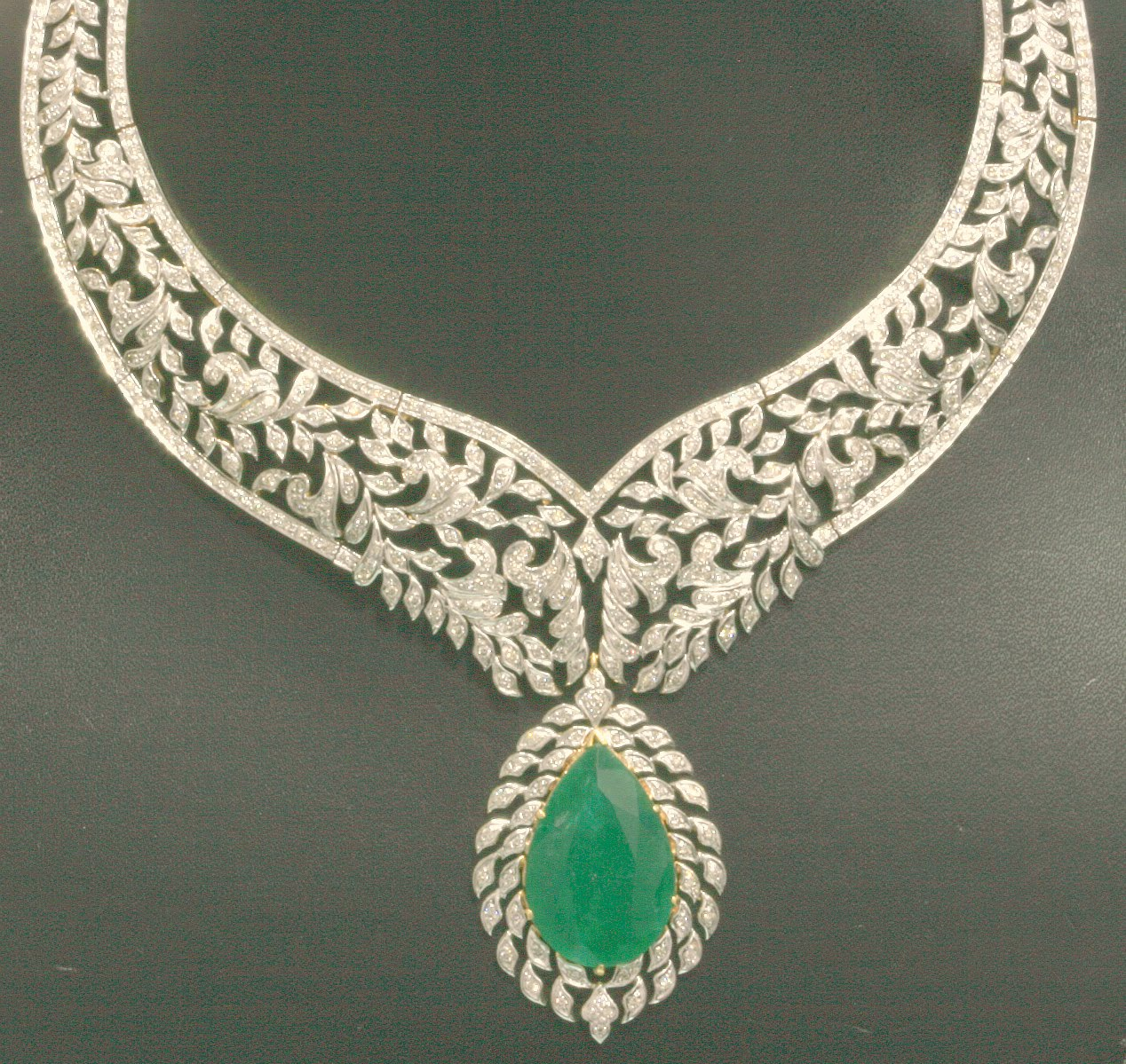 emerald necklace - Jewelry Photo (30684431) - Fanpop