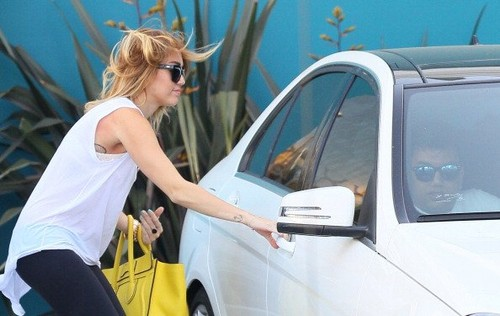 At Winsor Pilates in West Hollywood [9th May]