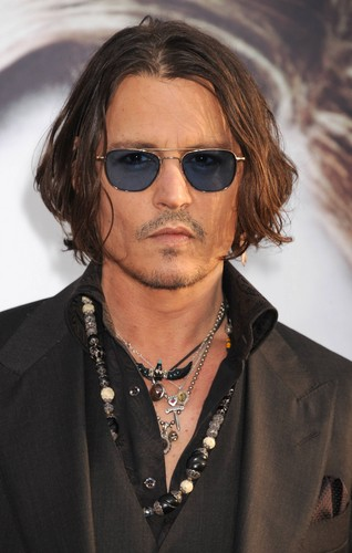 Johnny Depp again at Dark Shadows Premiere