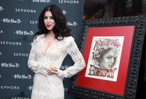 Kat Von D's First Solo Art Show 'New American Beauty' in N.Y. 2012