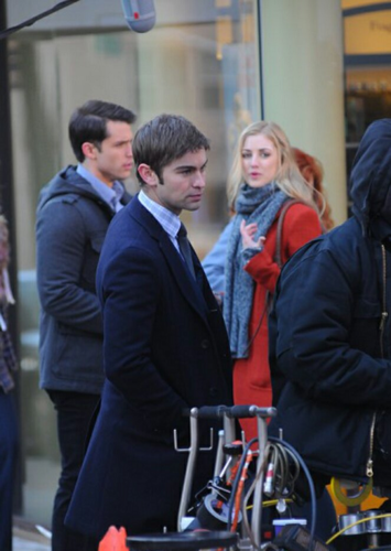 Nate - Gossip Girl - Behind the Scenes - February 06, 2012
