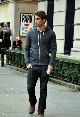 Nate - Gossip Girl - Behind the Scenes - November 14, 2011