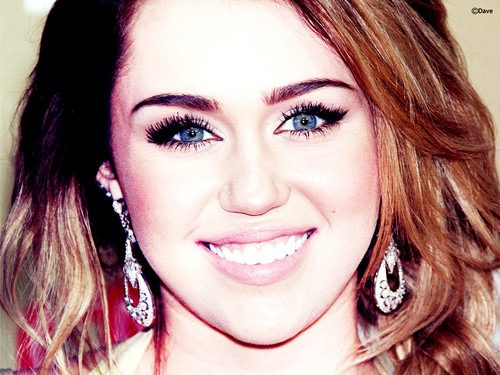 ↕►Miley 壁纸 由 DaVe!!!◄↕